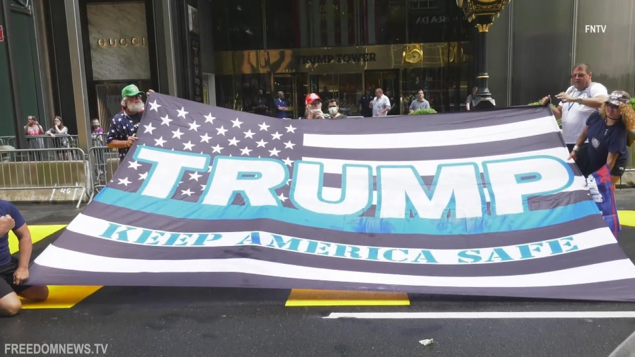 'Black Lives Matter' Painted Outside Trump Tower Covered Up