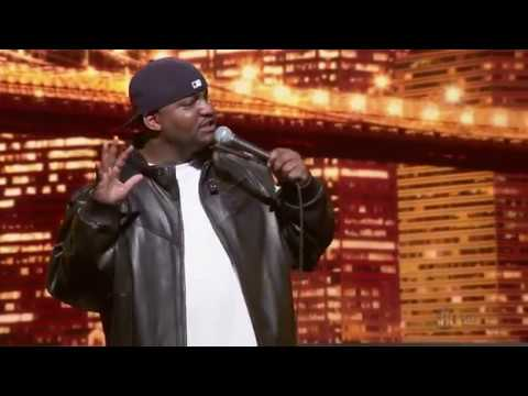 Aries Spears – Hollywood look I'm smiling – full length