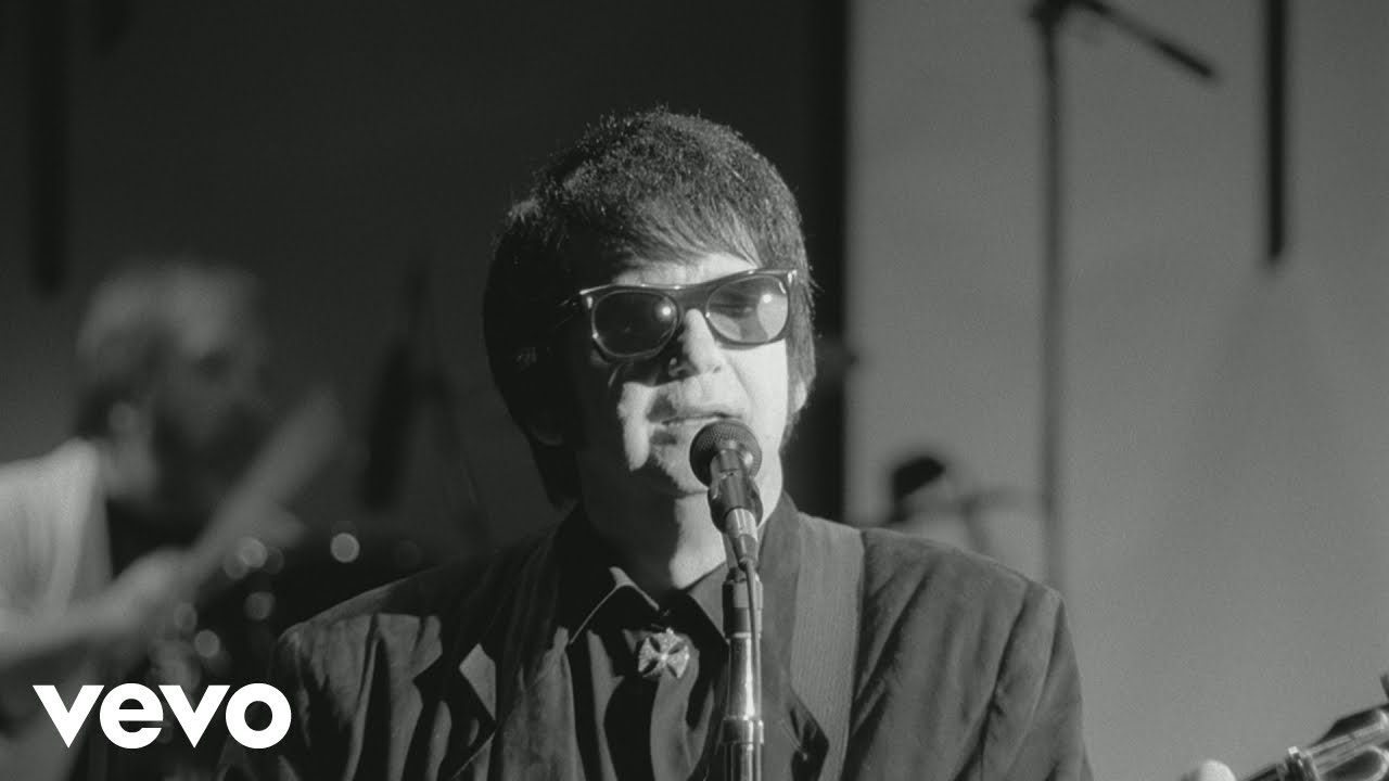 Roy Orbison – The Comedians (Black & White Night 30)