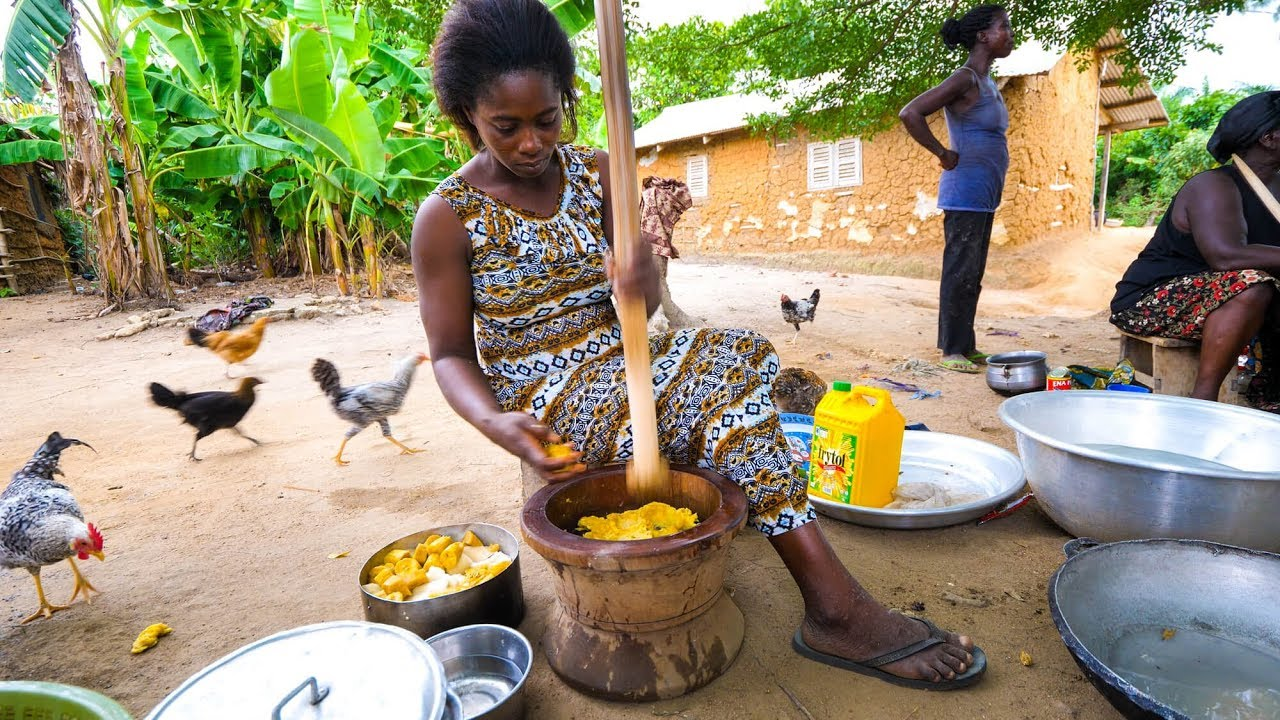 Village Food in West Africa – BEST FUFU and EXTREME