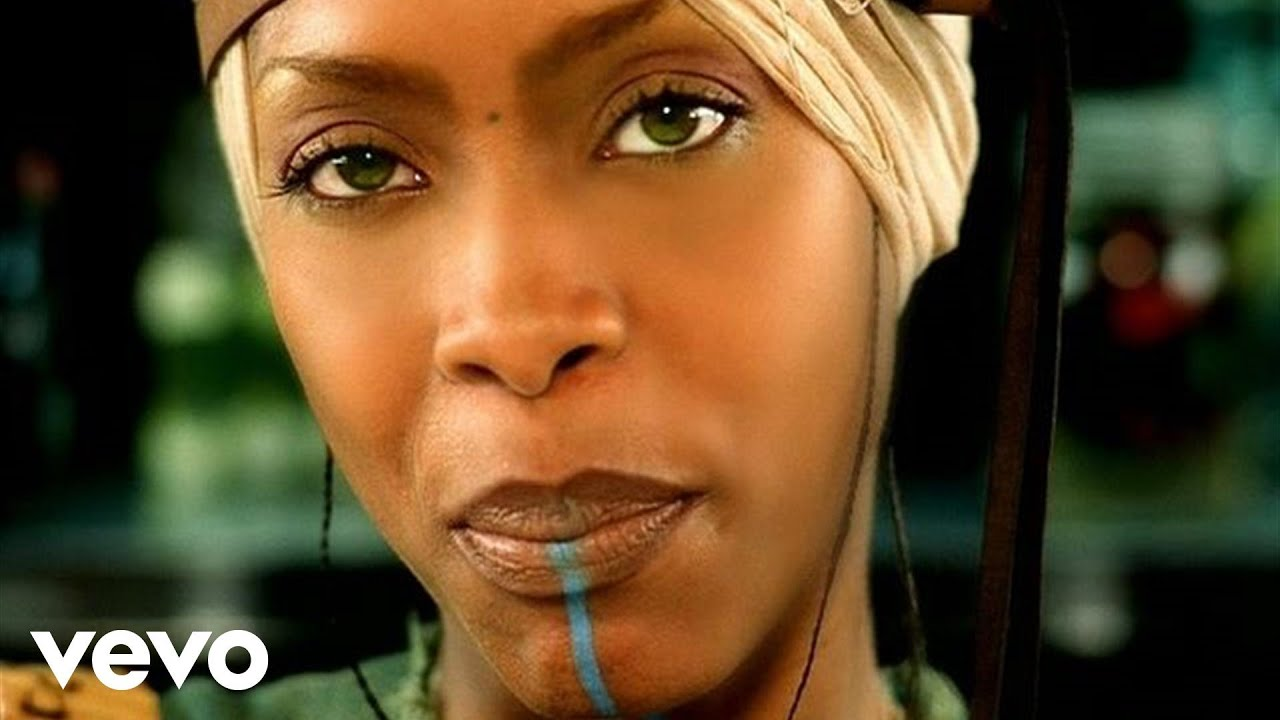Erykah Badu ft. Common – Love Of My Life (An