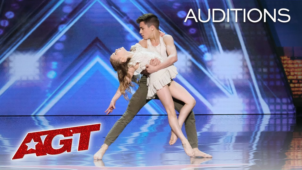 Kid Dancers Izzy and Easton Dazzle With Contemporary Dance –