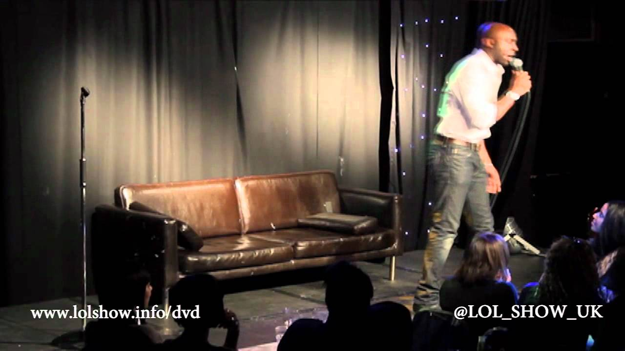 LOL SHOW UK – Comedian Kane Brown Destroys heckler at