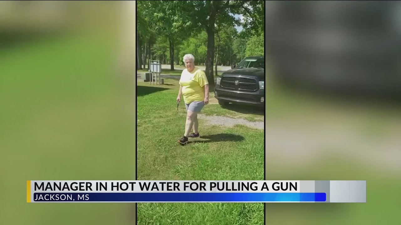Mississippi woman pulls a gun on african american couple