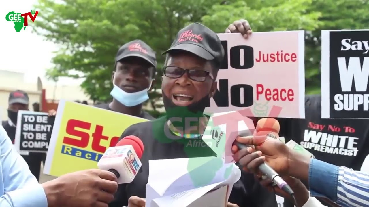 #News Nigeria Protesters Storms US Embassy,Over Killing of Africa American