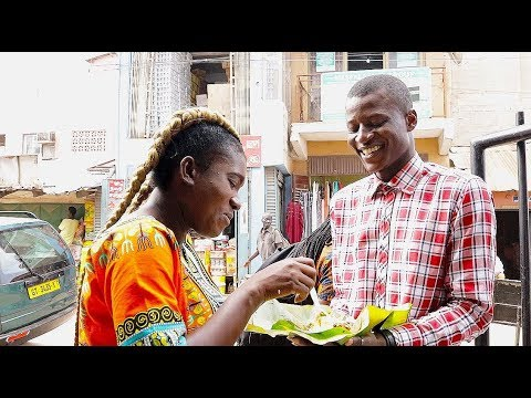 Street food in NIMA.ACCRA. AFRICAN FOOD TOUR IN ACCRA –