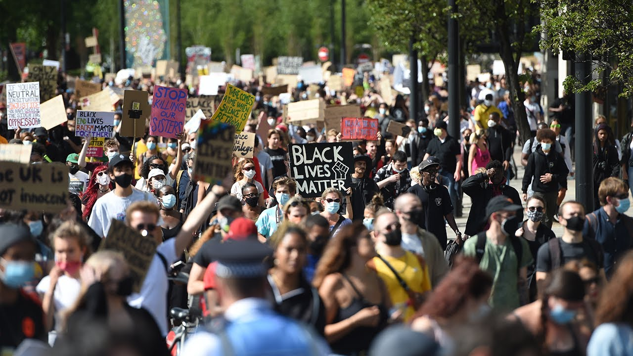 Protesters gather in London for fourth weekend of demonstrations |