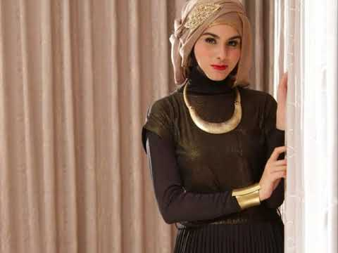 Black maxi dress hijab ideas for new fashion outfit trends